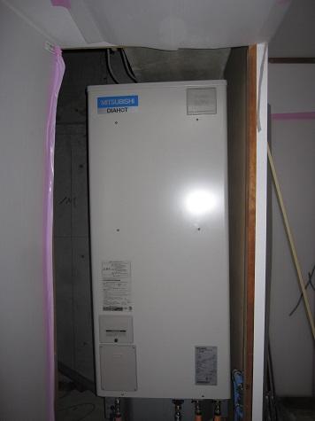 温水器搬入