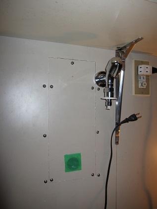 下地補強・水栓取り付け後