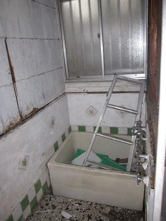 浴室工事解体前