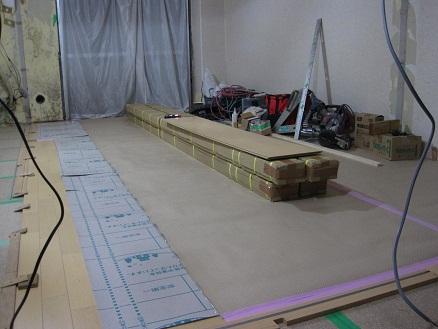 床の仕上げ