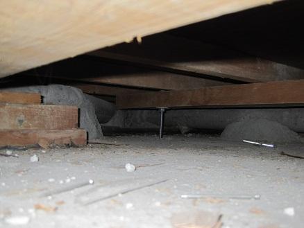 床下の配管状況