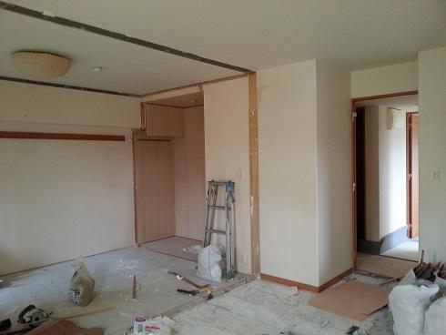 解体した和室の壁